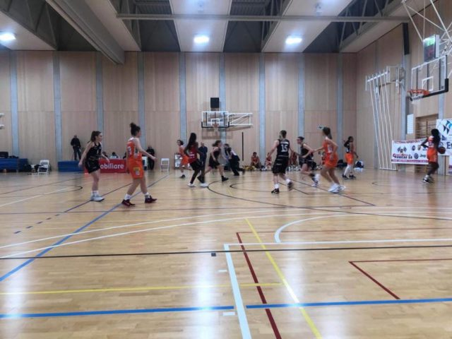 http://www.rivabasket.ch/wp-content/uploads/2019/01/riva-basket-640x480.jpeg